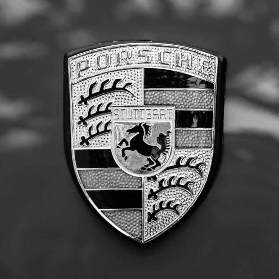 Emblem Photograph - 1970 Porsche 911 S 2.2 Coupe Emblem -0036bw55 by Jill Reger