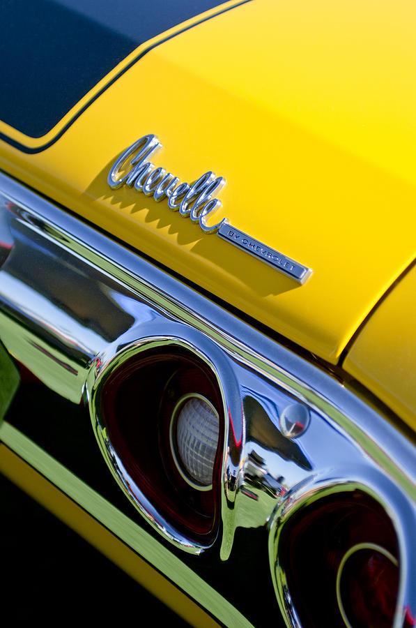 1972 Chevrolet Chevelle Photograph - 1972 Chevrolet Chevelle Taillight Emblem by Jill Reger