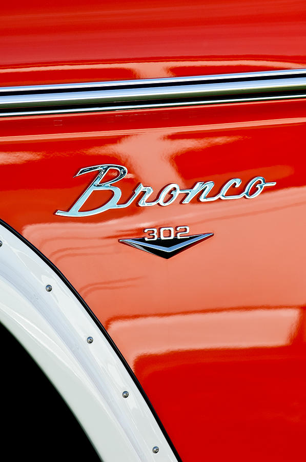 Emblem Photograph - 1973 Ford Bronco Custom 2 Door Emblem by Jill Reger