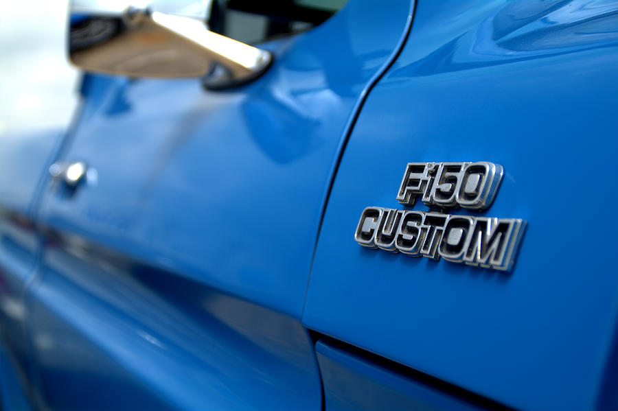 1977 Photograph - 1977 Ford F 150 Custom Name Plate by Brian Harig