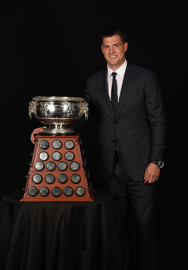2015 Nhl Awards - Portraits Photograph by Brian Babineau