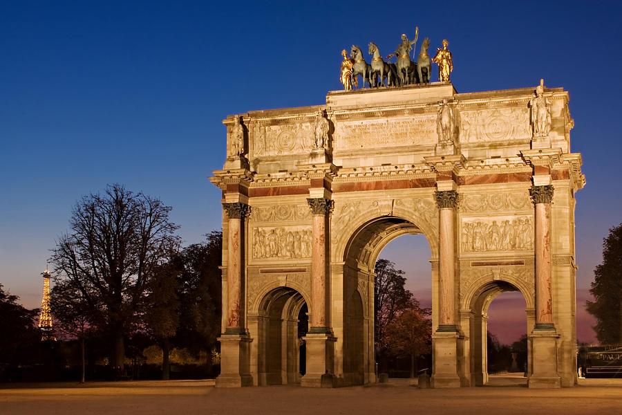 Arc De Triomphe Du Carrousel Photograph - Arc de Triomphe du Carrousel - Paris by Barry O Carroll