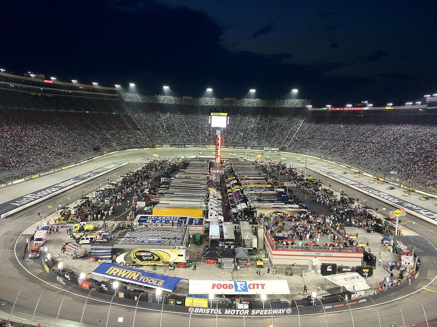 Bristol Motor Speedway Photograph By Alan Pearson