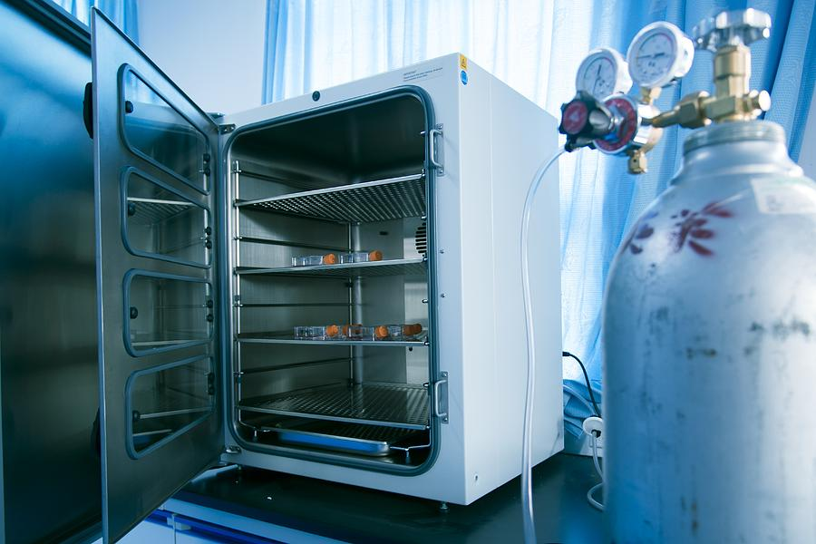 Biology Photograph - Carbon Dioxide Incubator by Science Photo Library