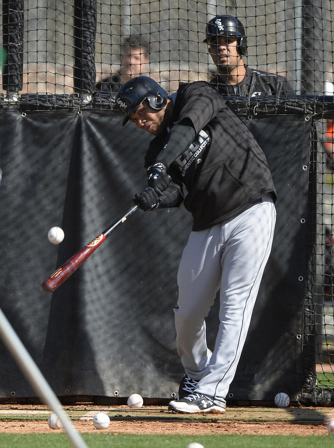 Chicago White Sox Workout 2 Photograph by Ron Vesely