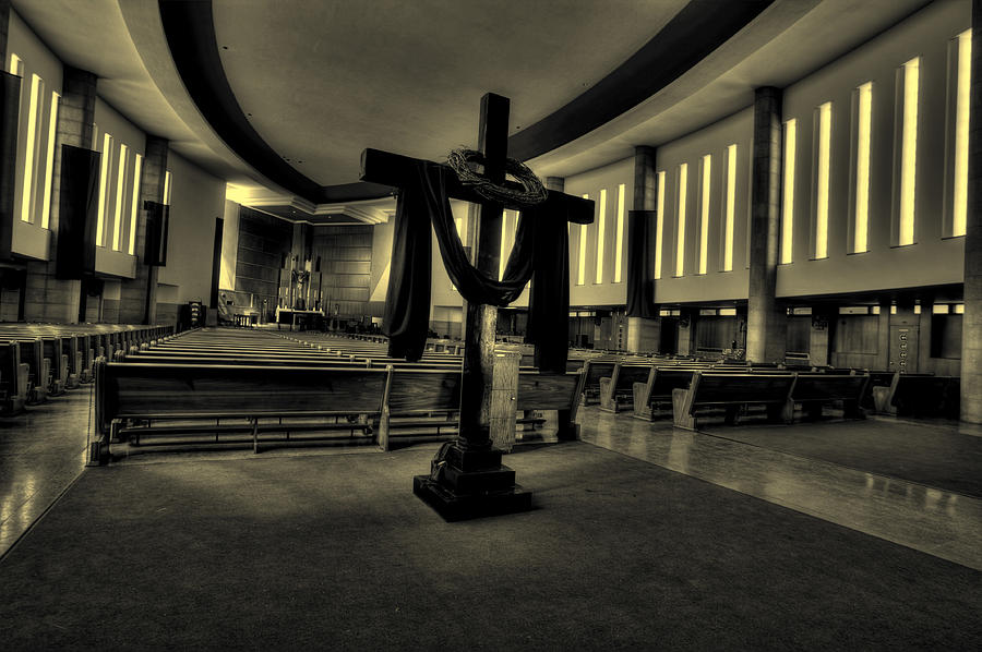 Lenten Cross Photograph - Church Of Saint Columba by Amanda Stadther