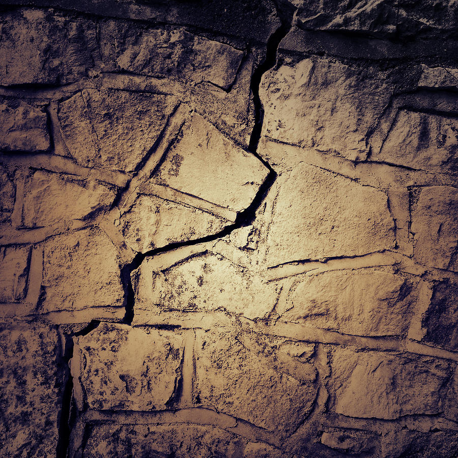 Abstract Photograph - Cracked Wall by Les Cunliffe