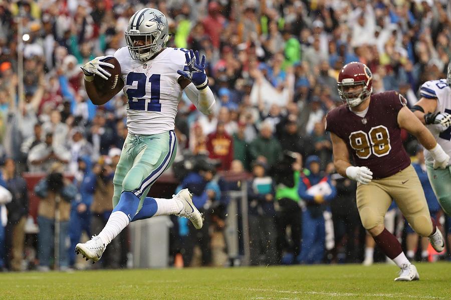 Dallas Cowboys V Washington Redskins Photograph by Patrick Smith