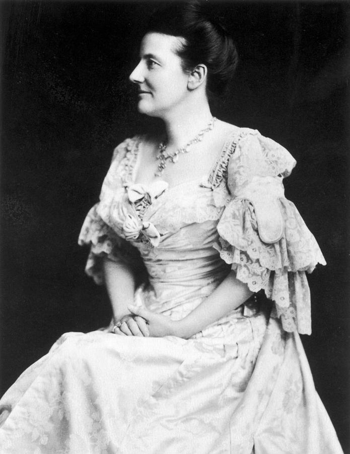 1905 Photograph - Edith K by Granger
