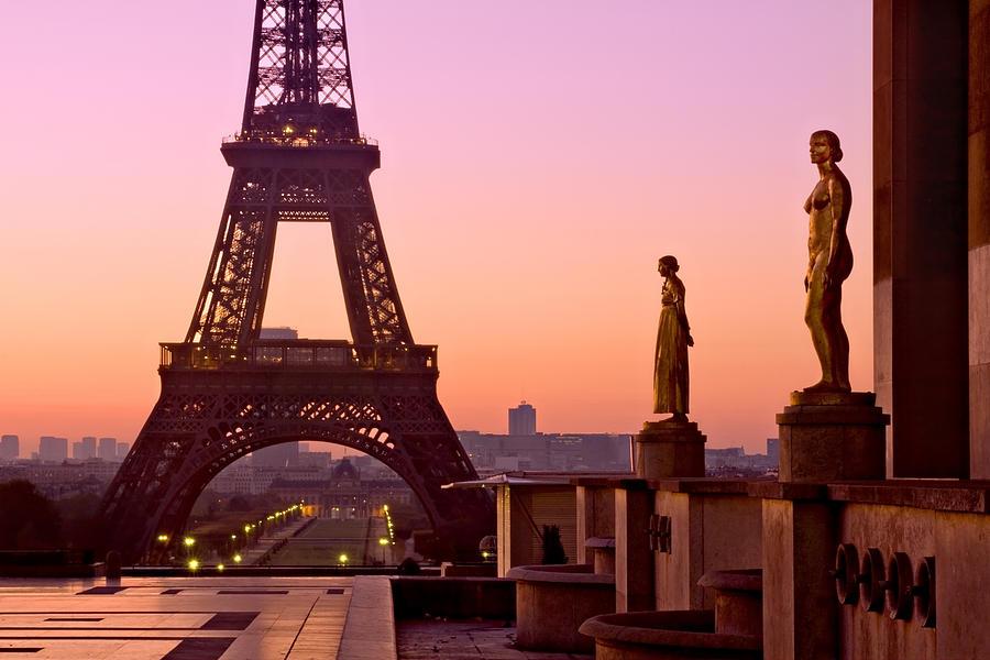 Eiffel Tower at Dawn / Paris by Barry O Carroll