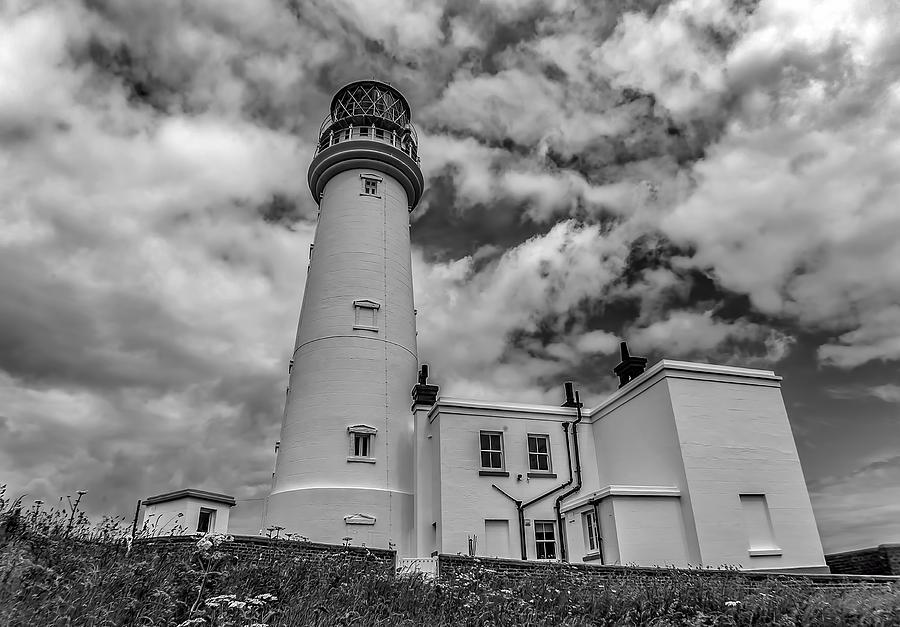 Flamborough Photograph - Flamborough Head Lighthouse by Trevor Kersley