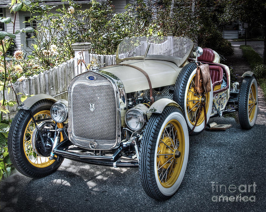 Ford Roadster Photograph - Ford Roadster by Louise Reeves