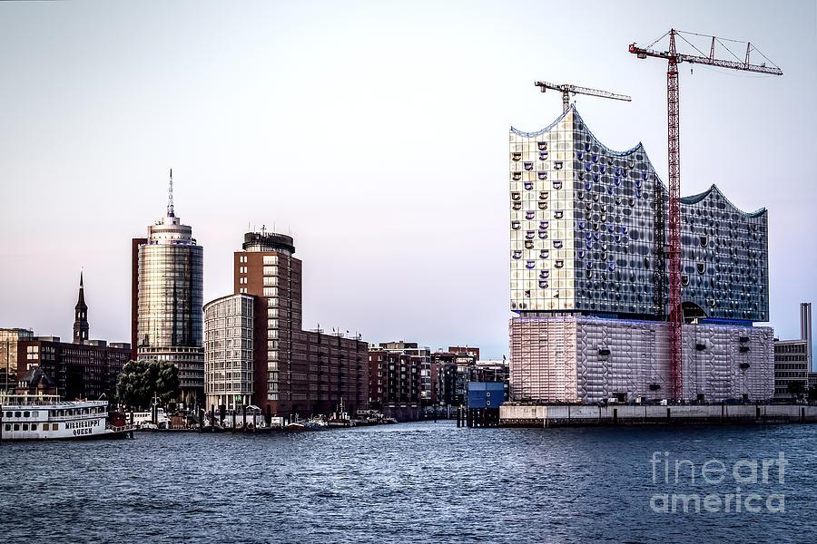 Hamburg Elbphilharmonie Photograph