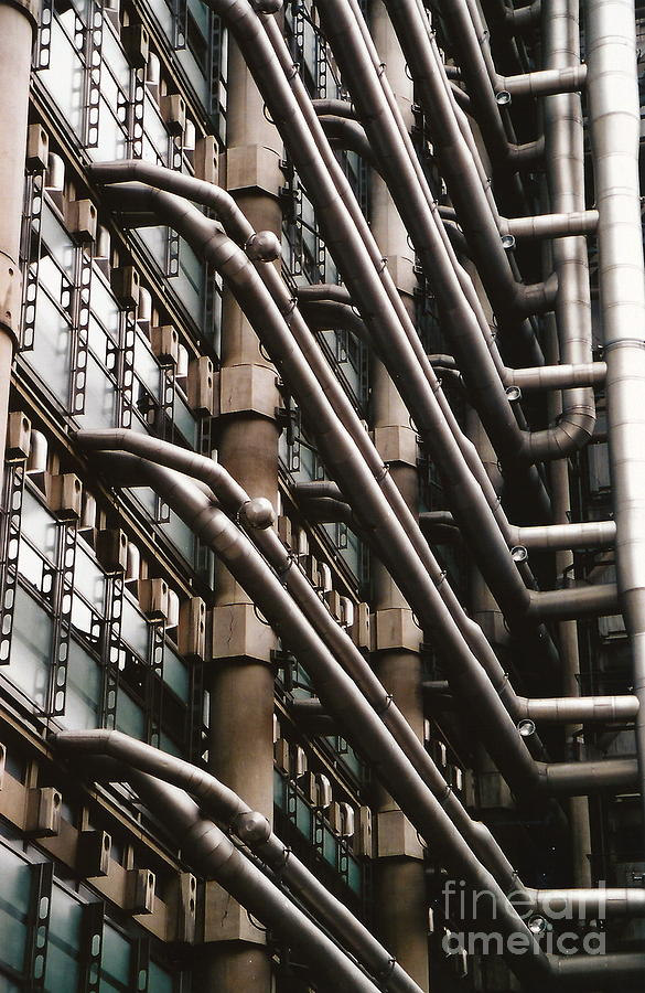 Modern Photograph - Lloyds Of London 3 by Dennis Knasel