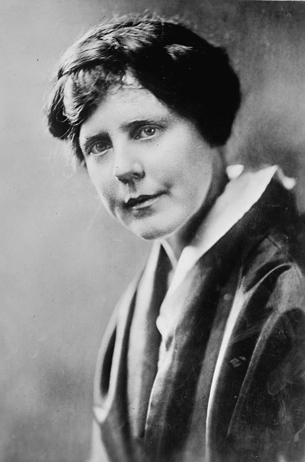 1917 Photograph - Lucy Burns (1879-1966) by Granger