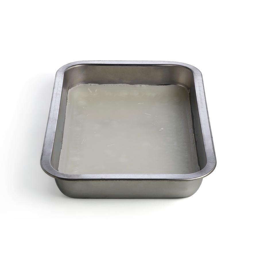 what is a dissecting tray used for