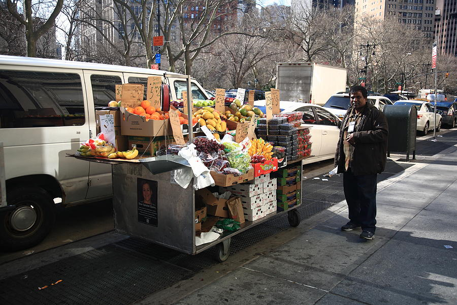 Architecture Photograph - New York Street Vendor by Frank Romeo