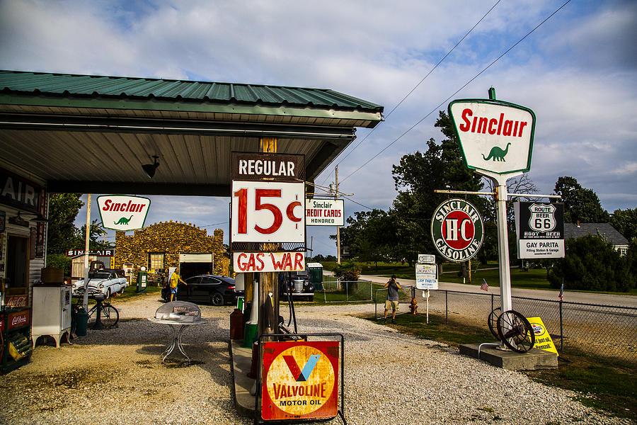 Missouri Photograph - Sinclair by Angus Hooper Iii