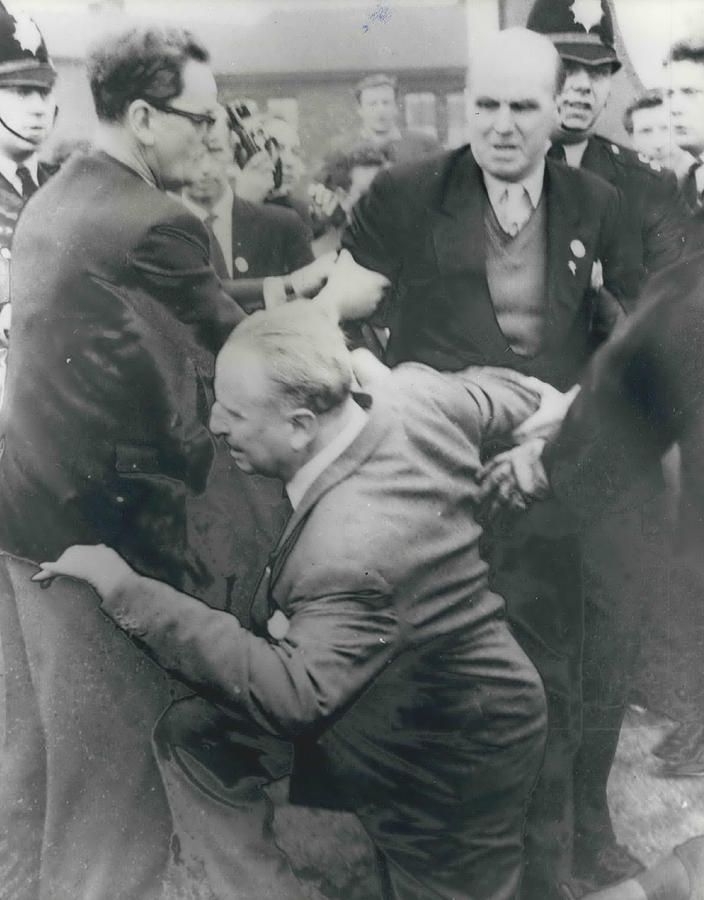Retro Photograph - Sir Oswald Mosley Dies In Paris by Retro Images Archive