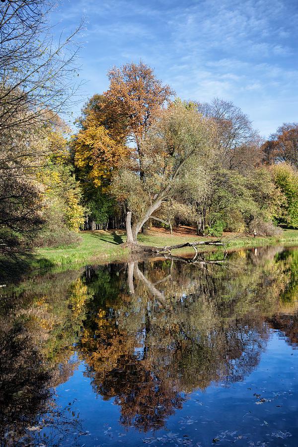 Autumn Photograph - Skaryszewski Park In Warsaw by Artur Bogacki