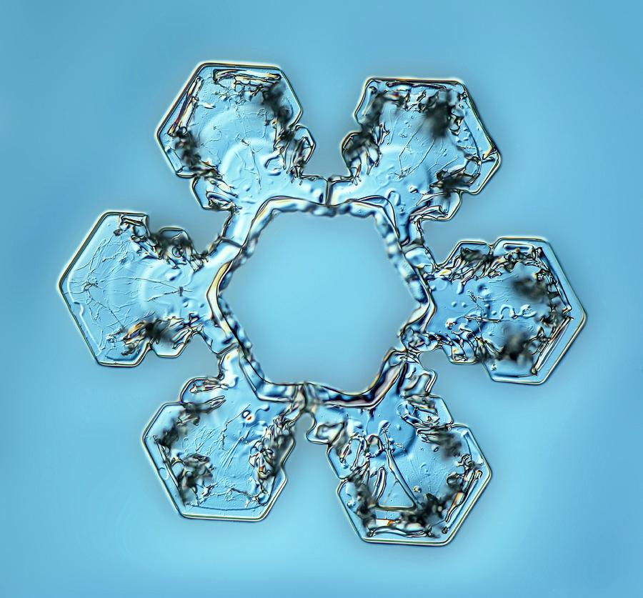 Christmas Photograph - Snowflake Crystal by Gerd Guenther