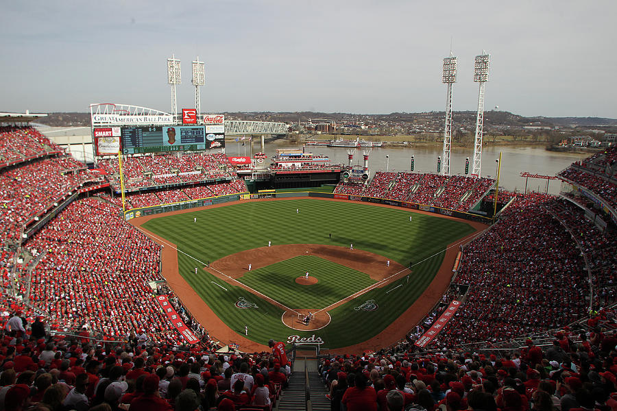 St. Louis Cardinals Vs. Cincinnati Reds Photograph by John Grieshop