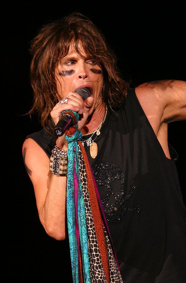 Steven Tyler Photograph - Steven Tyler Aerosmith by Don Olea
