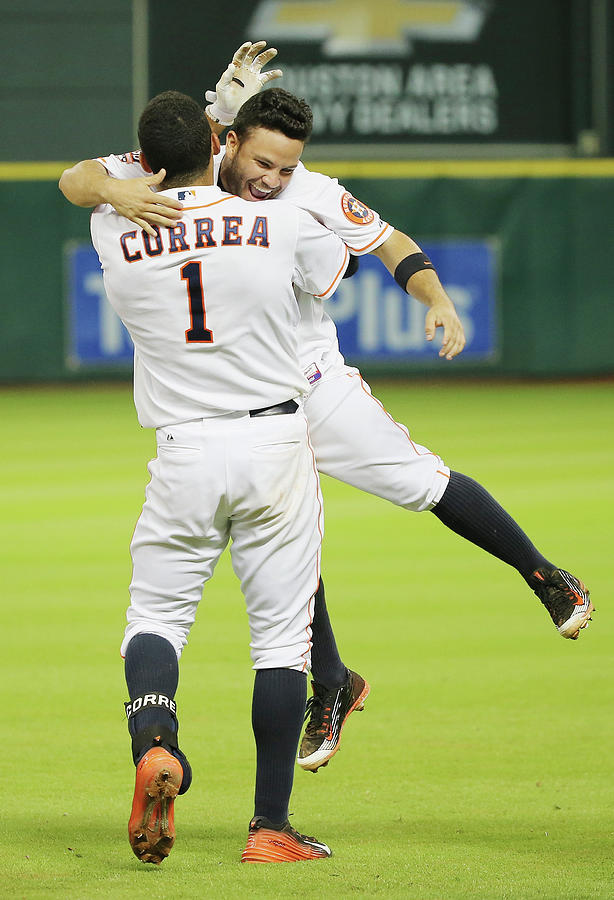 Tampa Bay Rays V Houston Astros Photograph by Scott Halleran