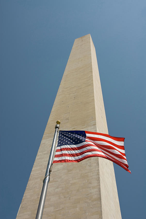 American Flag Photograph - Washington Dc Usa by Lee Foster