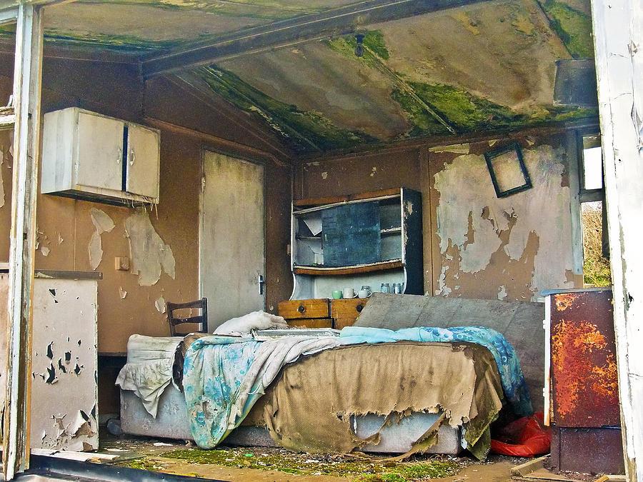 Abandoned Photograph - Where Do They Sleep Now by Tony Reddington