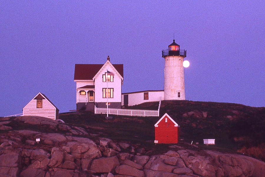 Cape Neddick Light Photograph - Cape Neddick Light by Herbert Gatewood