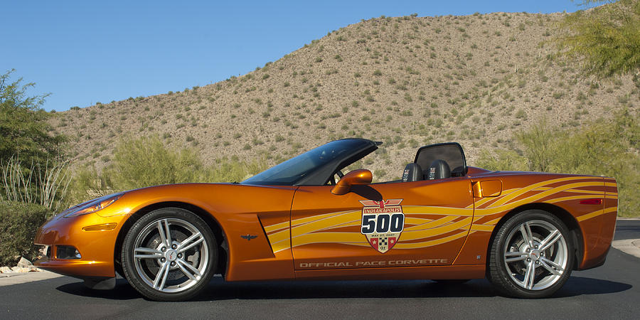 Sports Car Photograph - 2007 Chevrolet Corvette Indy Pace Car by Jill Reger