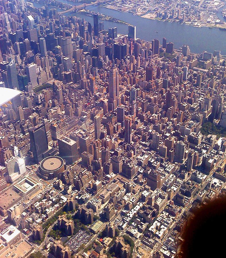 New York Photograph - 2009 by Lise Soskolne