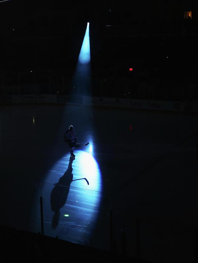 2013 Hockey Hall Of Fame - Legends Photograph by Bruce Bennett