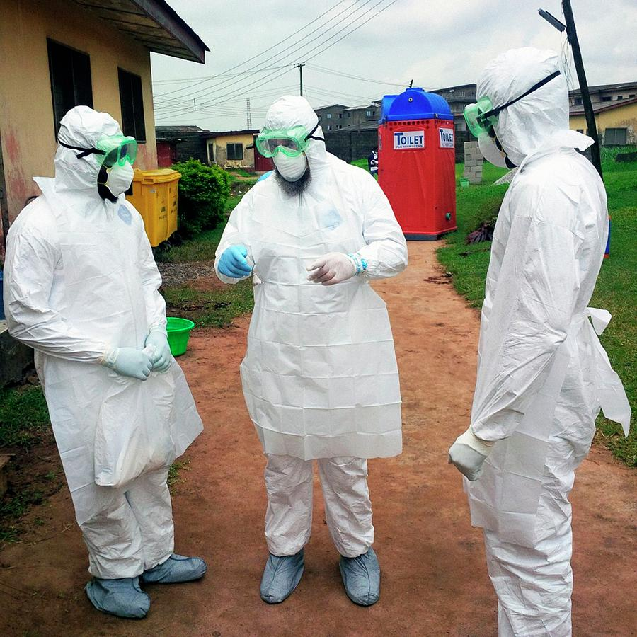Disease Photograph - 2014 Ebola Virus Disease Outbreak by Cdc