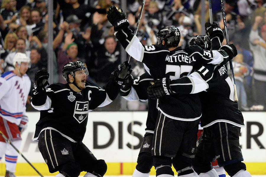 2014 Nhl Stanley Cup Final - Game Two Photograph by Harry How