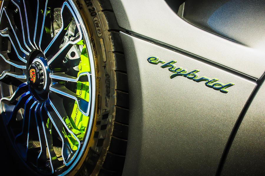 2015 Porsche 918 Spyder e-Hybrid Wheel Emblem -0238c by Jill Reger