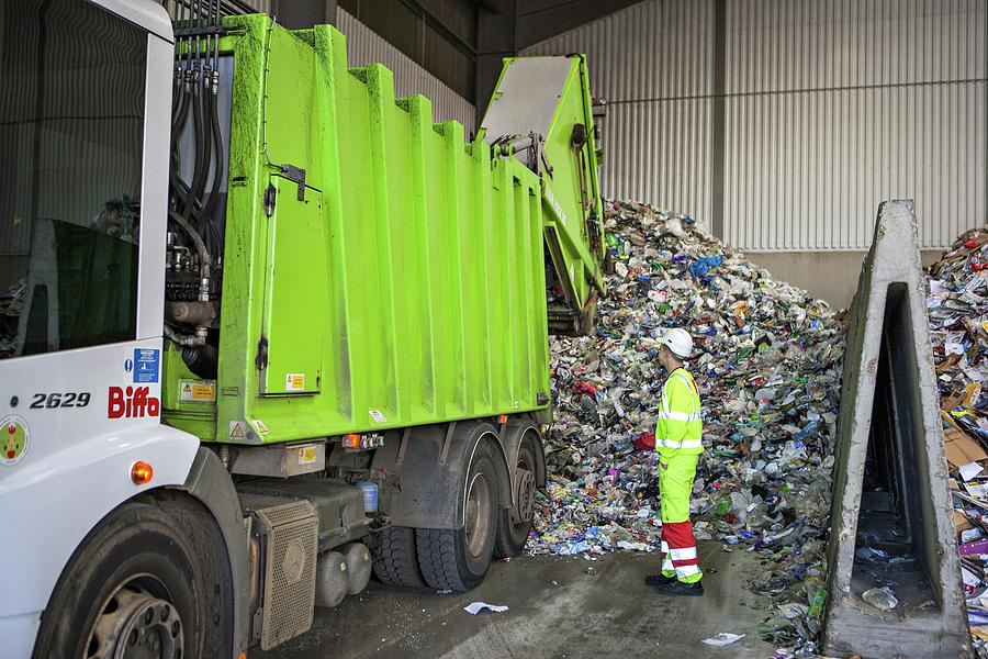 People Photograph - Recycling Centre by Lewis Houghton/science Photo Library