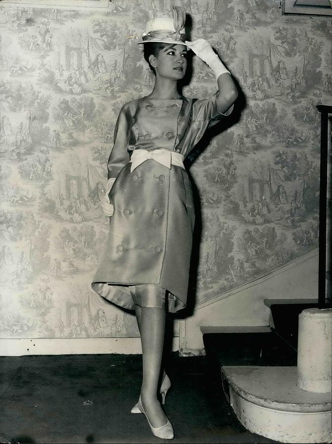 Retro Photograph - Paris Fashions by Retro Images Archive