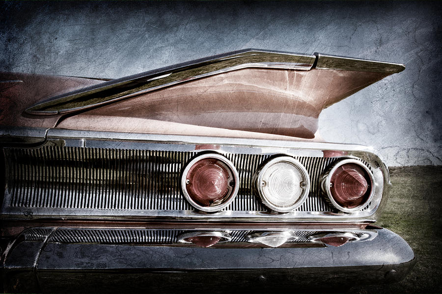 1960 Chevrolet Impala Taillight Photograph - 1960 Chevrolet Impala Resto Rod Taillight by Jill Reger