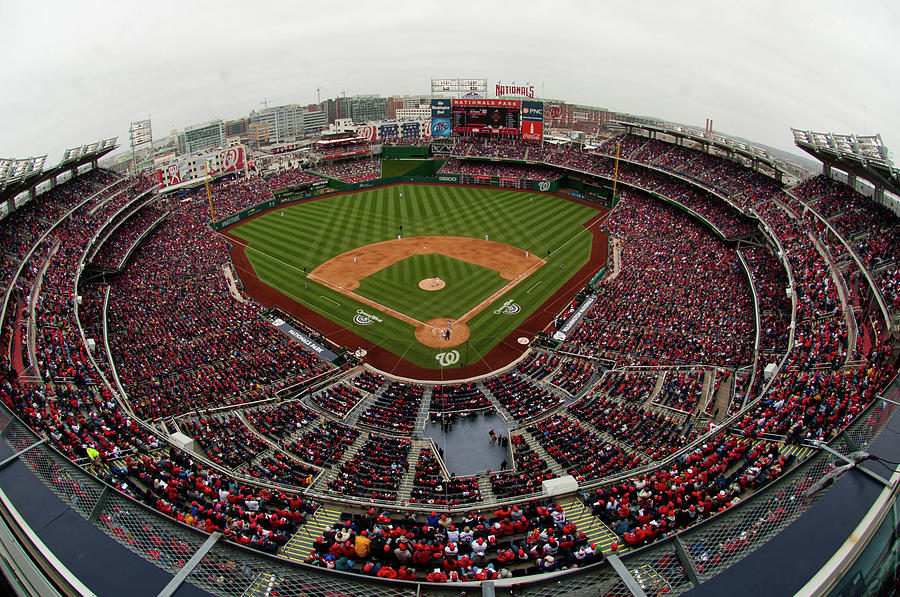 Atlanta Braves V. Washington Nationals Photograph by Mitchell Layton