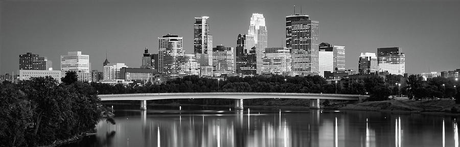 Horizontal Photograph - Minneapolis Mn by Panoramic Images