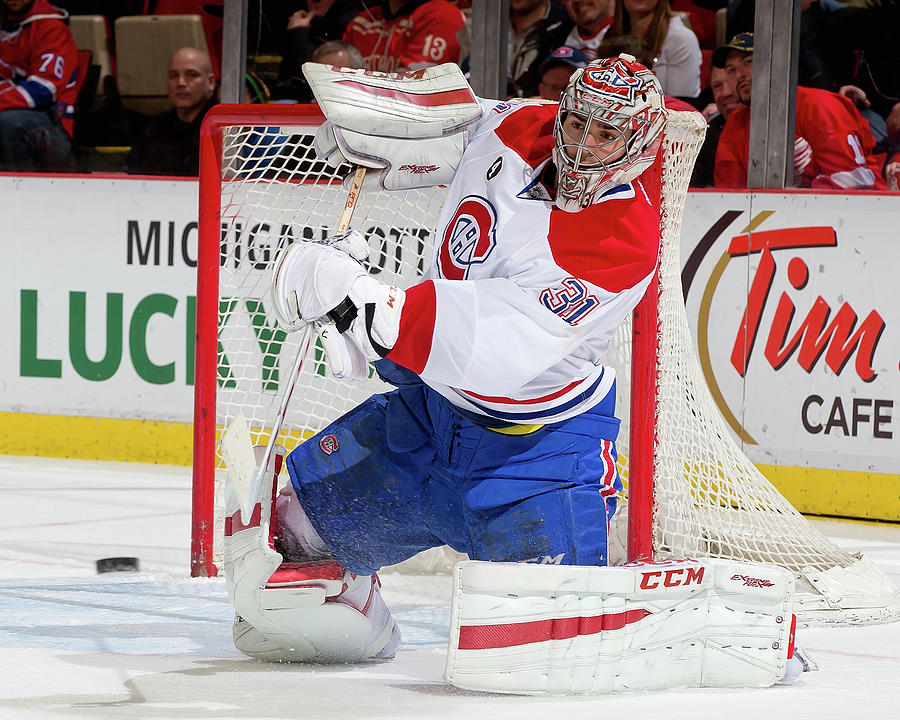 Montreal Canadiens V Detroit Red Wings Photograph by Dave Reginek