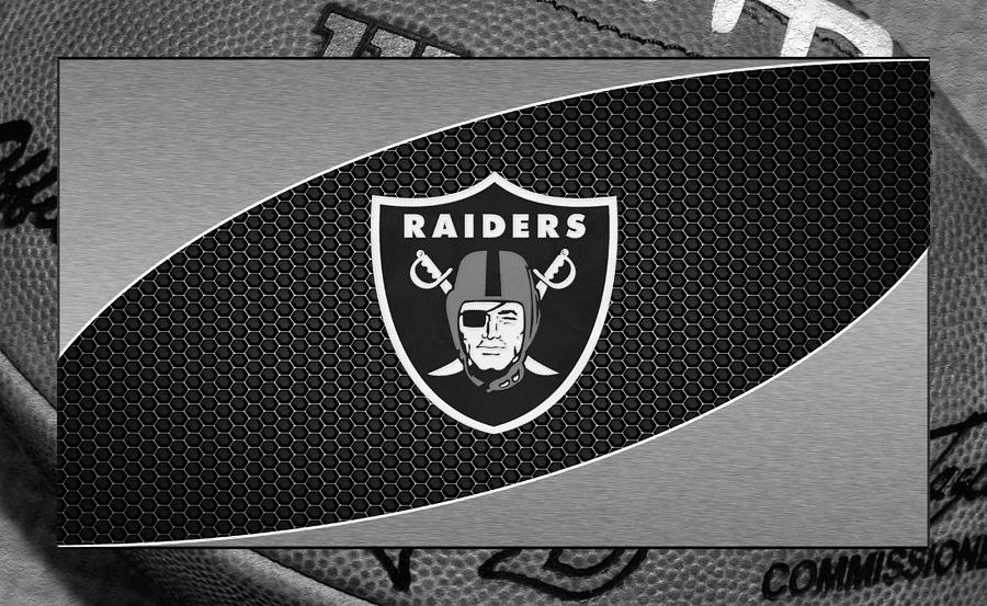 Raiders Photograph - Oakland Raiders by Joe Hamilton