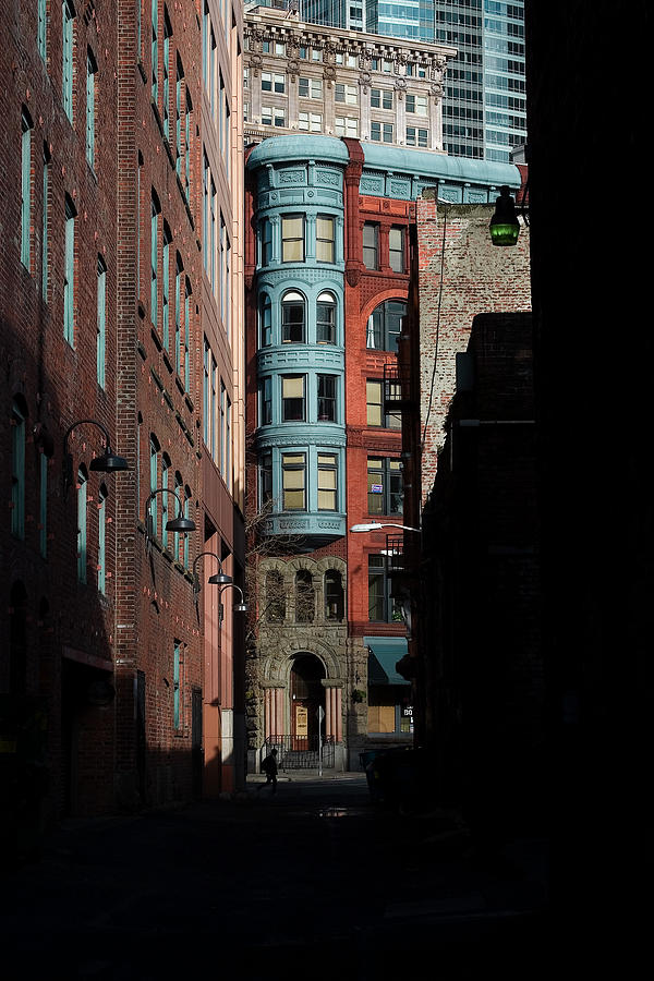 Pioneer Square Seattle Photograph - Pioneer Square Alleyway by David Patterson