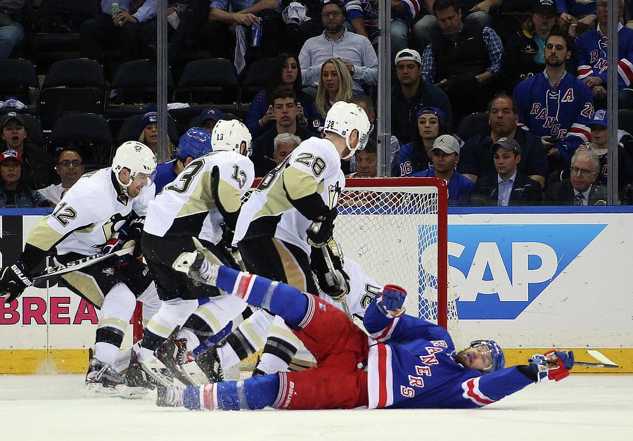 Pittsburgh Penguins V New York Rangers Photograph by Bruce Bennett