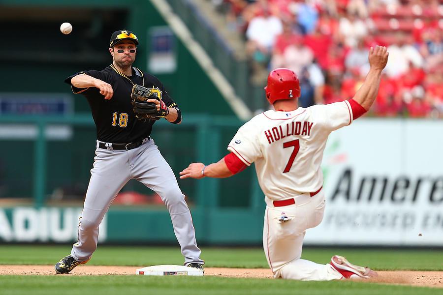 Pittsburgh Pirates V St Louis Cardinals Photograph by Dilip Vishwanat