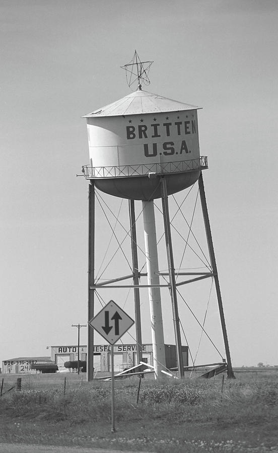 66 Photograph - Route 66 - Leaning Water Tower by Frank Romeo