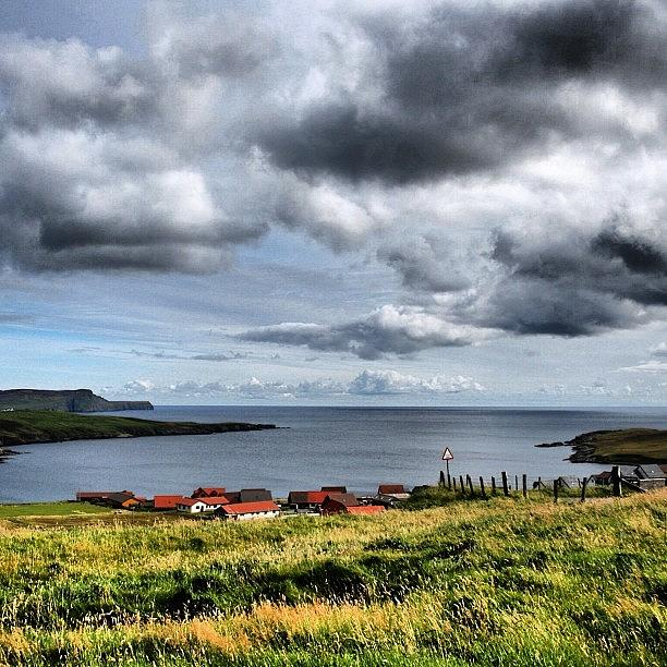 Outdoor Photograph - Shetland Islands by Luisa Azzolini