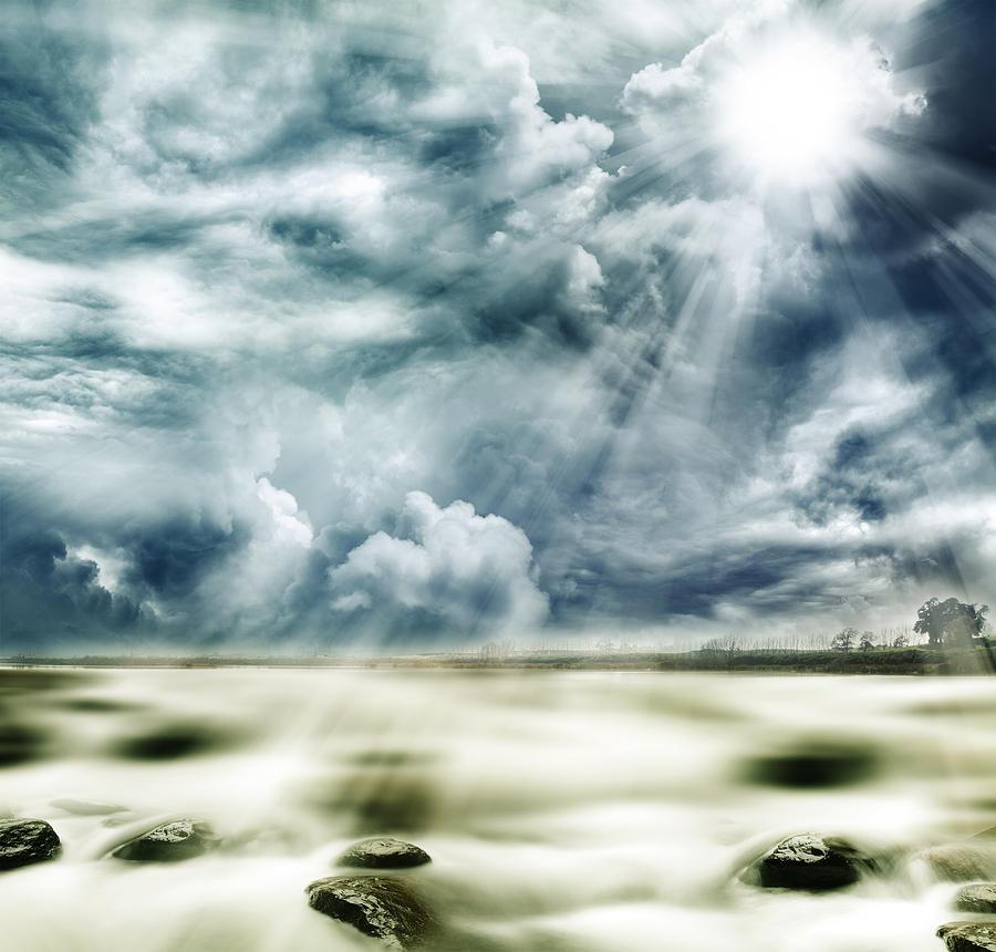 Sun Photograph - Sunlight by Les Cunliffe